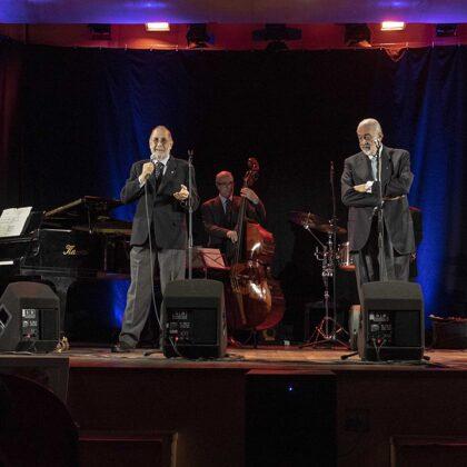 Il complesso Mnogaja Leta Quartet Mnogaja Quartet