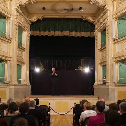 La festa dell Ventennale di DOSCA tenutasi presso il Teatro Gerolamo
