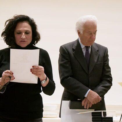 Marina Pedrini legge la poesia Colori Esangui