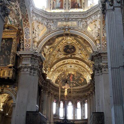 all'interno della Basilica